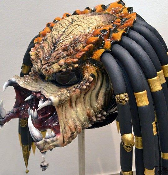 Elektrické koloběžky, elektrické tříkolky Motocyklová helma – Predátor made in RF Elektrické koloběžky, elektrické tříkolky
